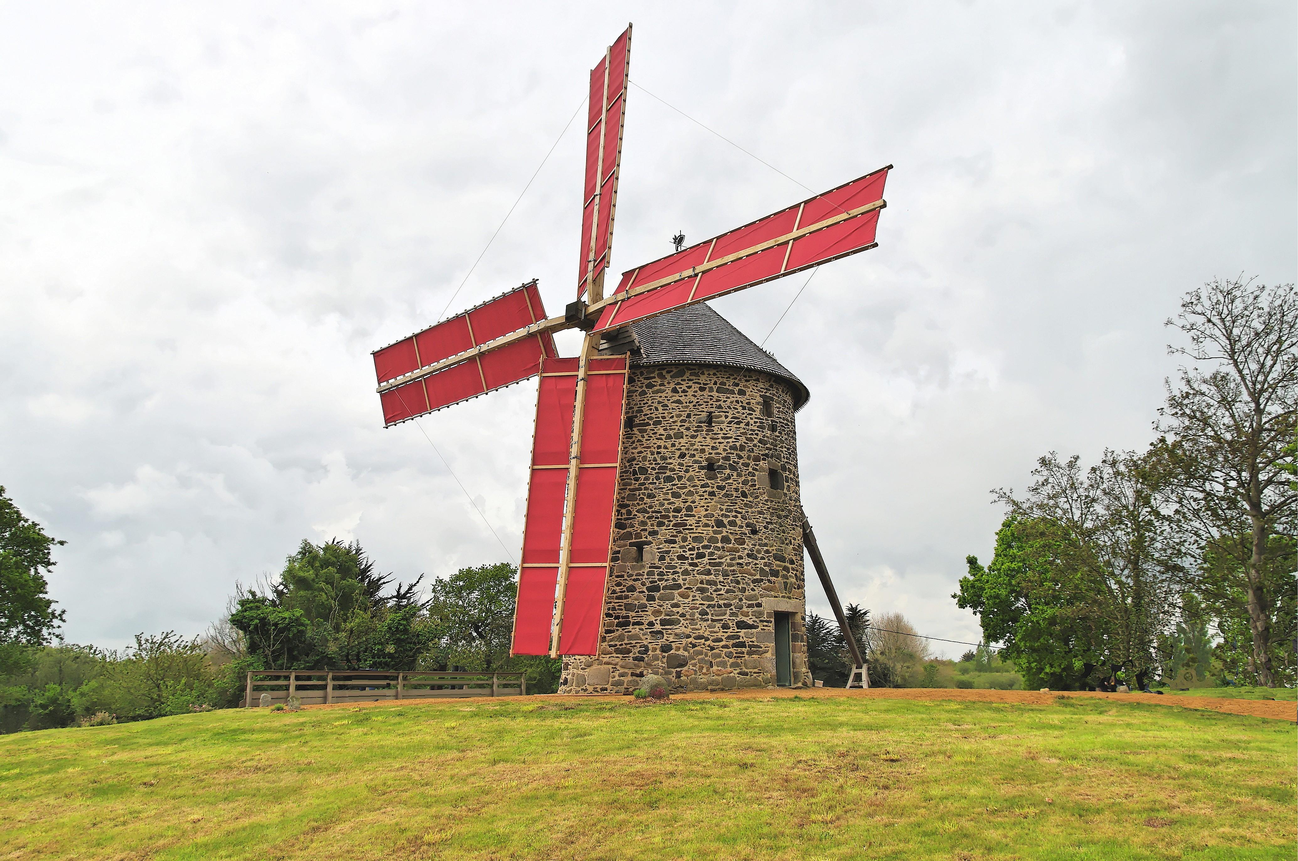 Construction moulin plemet mus e loudeac au pas d 39 antan for Moulin de la housse
